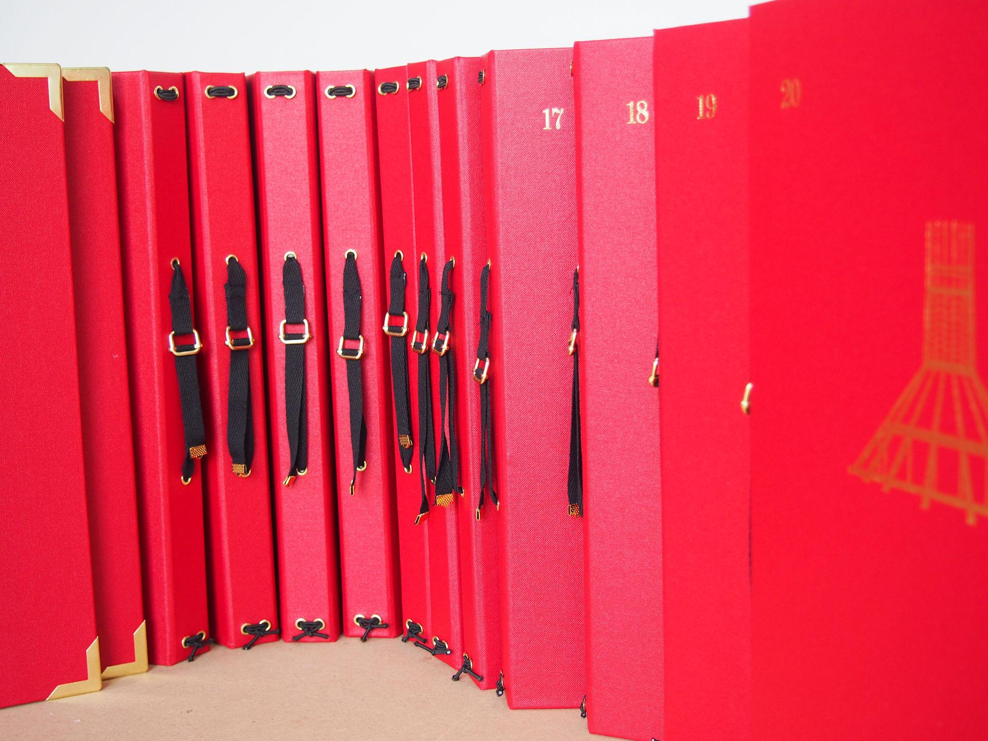 Choir Folders with Adjustable Hand Strap