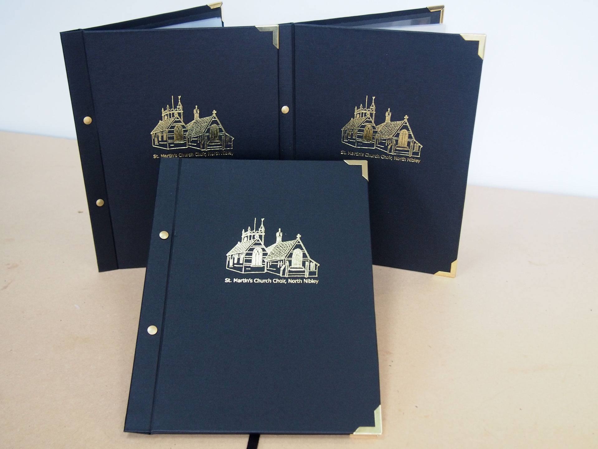 Q2 Choir Folder in Black